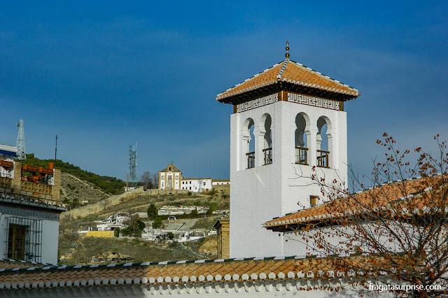 Mesquita Maior de Granada, no bairro mouro do Albaicín