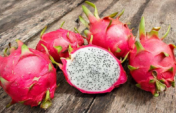 What are the benefits of dragon fruit for the face?
