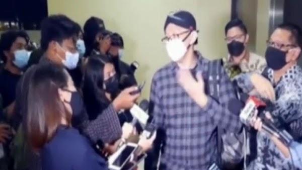 Padahal Abu Janda Sudah Bawa Baju, Eh…Gak Ditahan: Ternyata masih Saksi