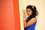 naveena jackson new sizzling pics-thumbnail-9