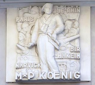 Koenig est honoré par une sculpture à Caen
