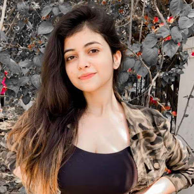 Riya Pandey Wiki, Biography