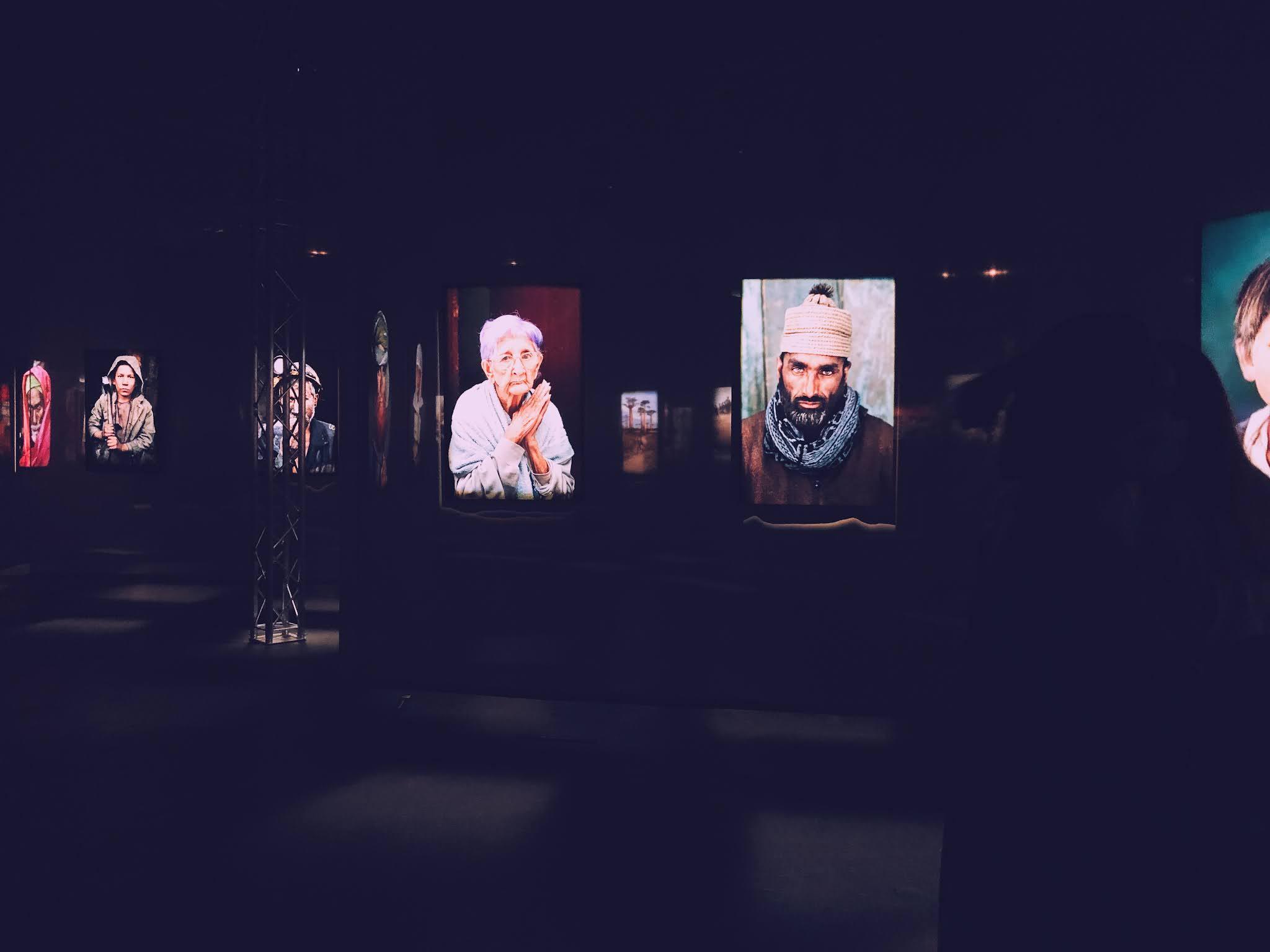 Expositie van Steve McCurry in de Waagnatie te Antwerpen