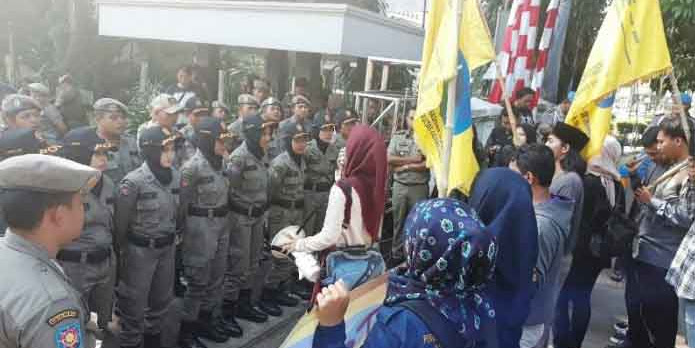 Remas Dada Satpol PP saat Demo, Kader NU Dilaporkan Polisi
