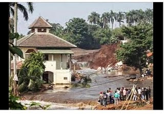 Masjid di Indonesia yang selamat dari bencana