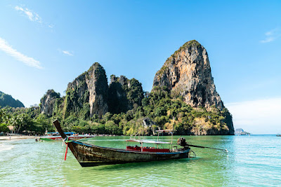 Ao-Nang-Railay-beach-ouest-Thailande