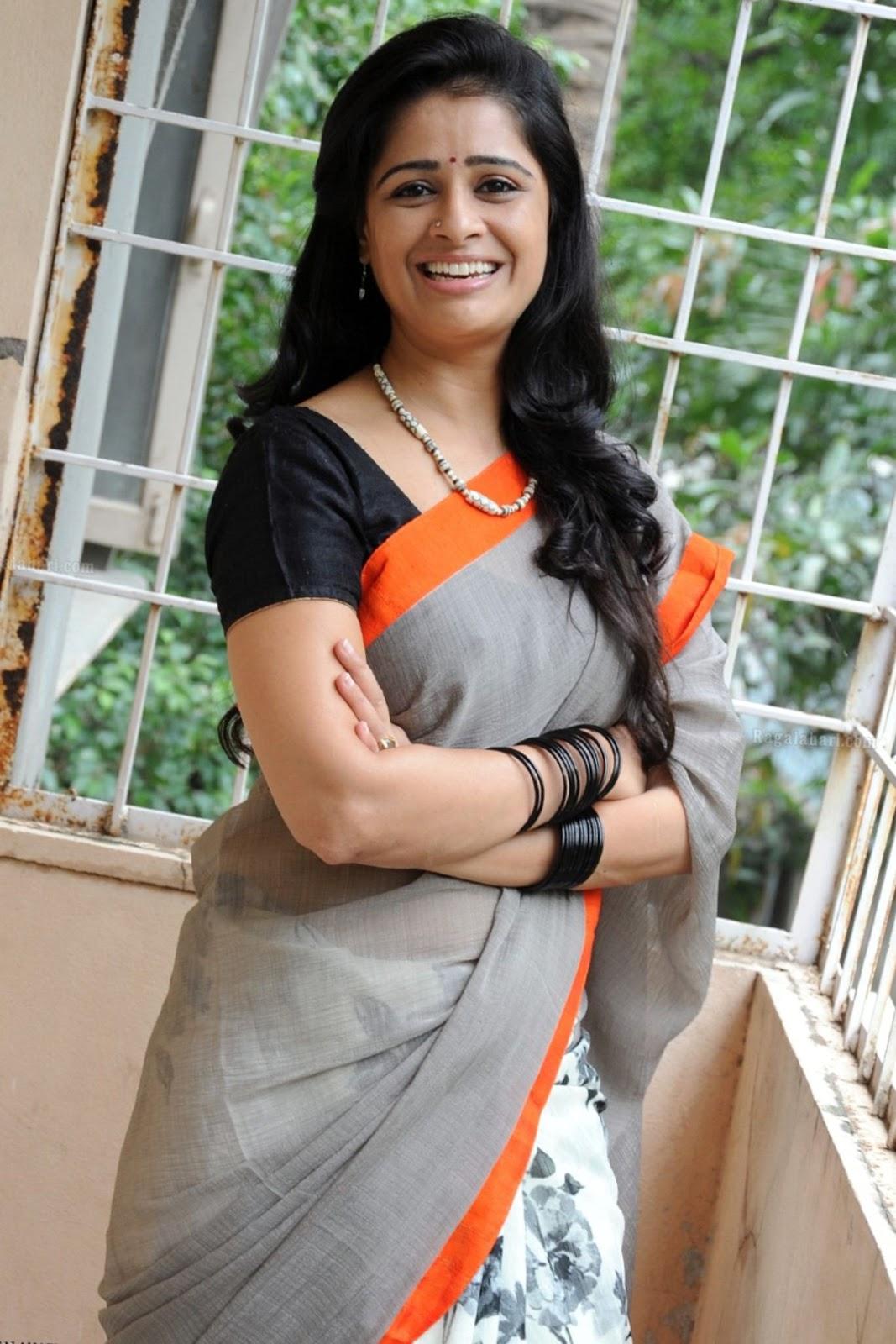 Satya Krishnan in Saree | Hot and Beauty - Dirty post