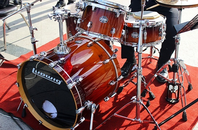 Shoes for Drummers: What are the Current Fashion Trends?