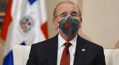 El Presidente Medina destituyó a 44 asesores y secretarios sin cartera