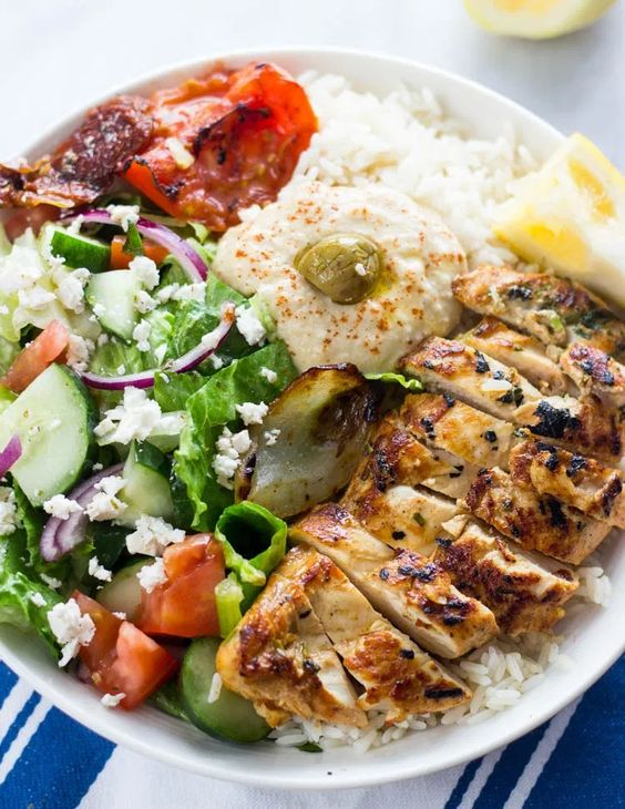 Healthy Mediterranean Chicken Rice Bowls
