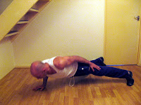 One arm push up - Ultimate Push up variation