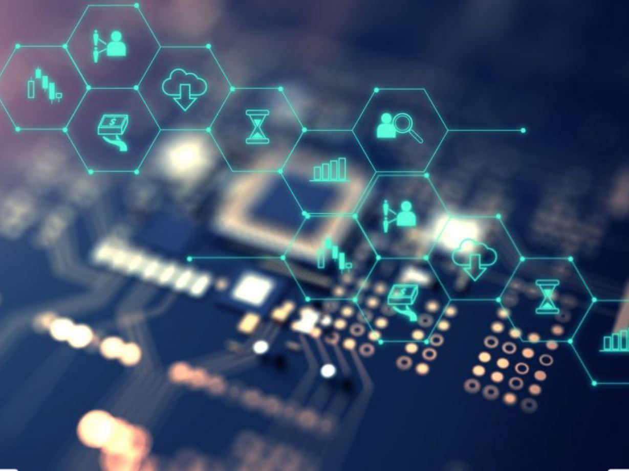 الإمارات والسعودية تتصدران دول المنطقة في نمو تقنية المعلومات