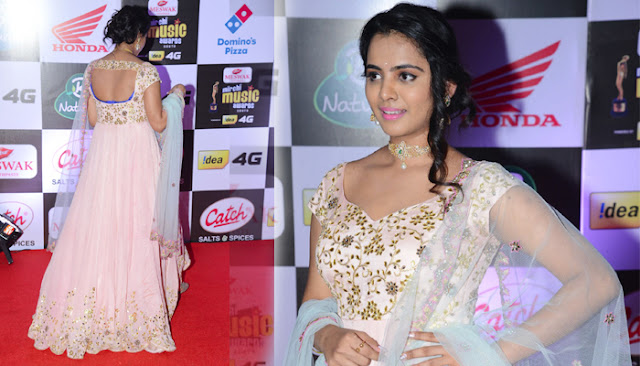 Manasa Himavarsha Stills at Mirchi Music Awards