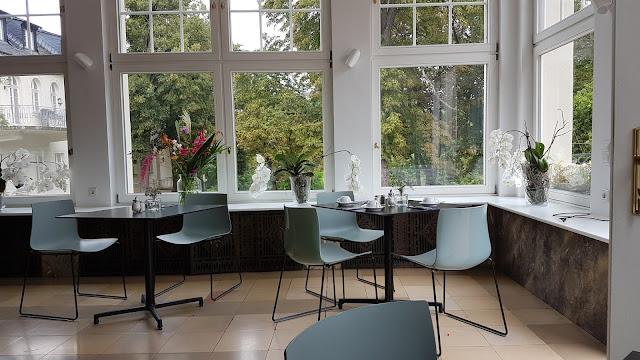 Frühstücksraum im Hotel Schloss Teutschenthal in Teutschenthal (Sachsen Anhalt)