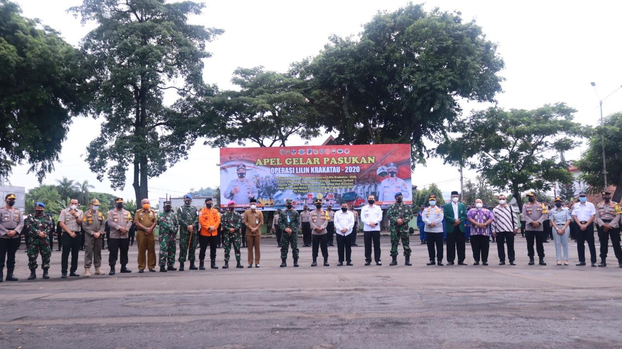 Polda Lampung melaksanakan Apel Gelar Pasukan Operasi Lilin Krakatau 2020 dalam rangka kesiapan pengamanan perayaan Natal dan Tahun Baru 2021