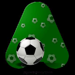 Abecedario Verde con Pelota de Fútbol. Green Alphabet with Soccer Ball.