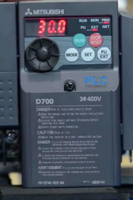 deceleration time P8 Mitsubishi D700