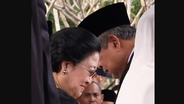 SBY Nyatakan Hal Ini kepada Megawati di Pemakaman Ani