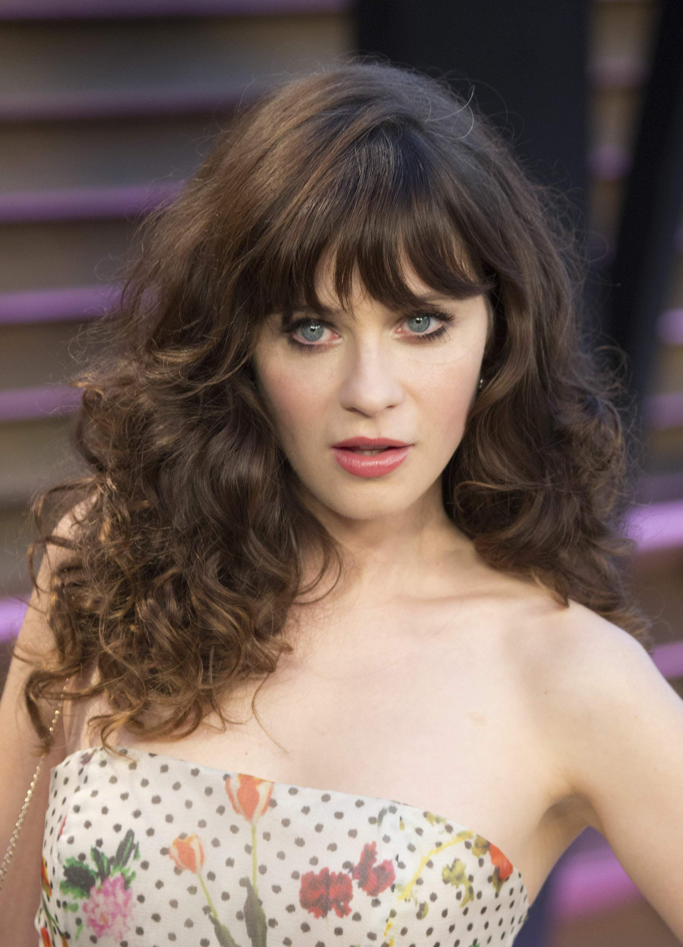 Zooey Deschanel Nude Photos 98
