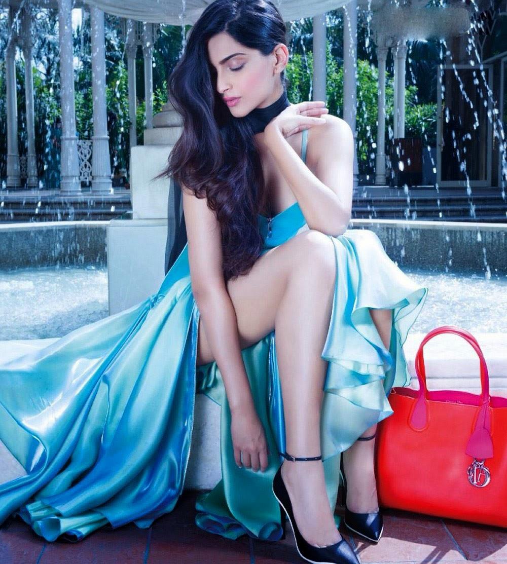 Sonam Kapoor Hd Sexy Photo