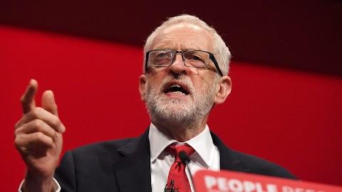 Corbyn: kormányra kerülése után a Munkáspárt azonnal népszavazást ír ki