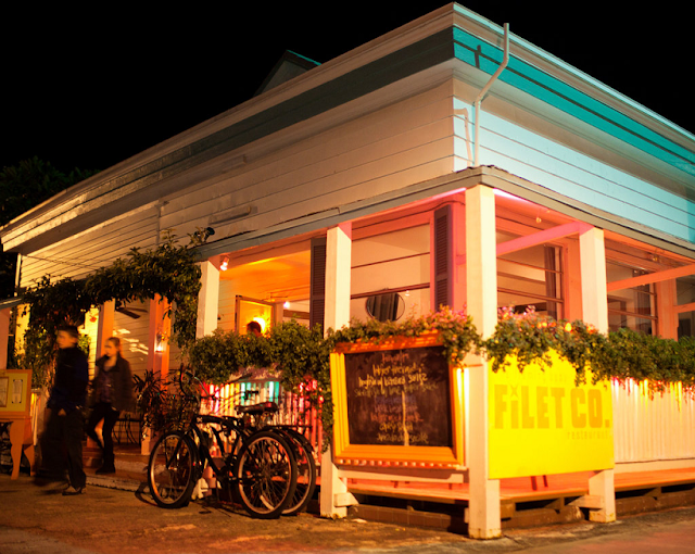Restaurante Flaming Buoy em Key West