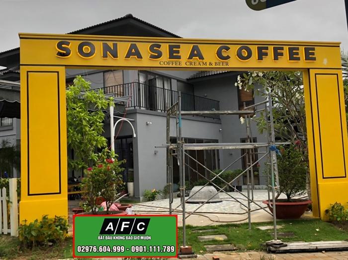 Thiết kế thi công cổng chào trang trí Coffee Phú Quốc
