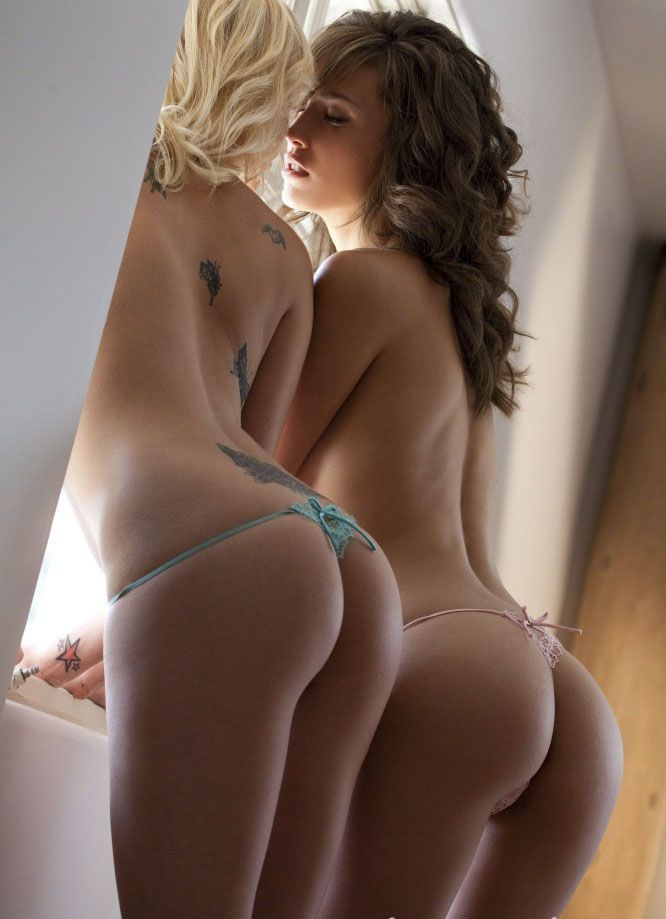 Naked woman with big ass and boobs