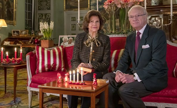 The little elves are made by Crown Princess Victoria, Prince Carl Philip and Princess Madeleine at a young age. King Carl Gustaf and Queen Silvia