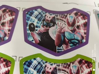 Kamen Rider Revice - First Live Look At Revice & Secondary Rider