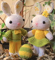 Amigurumi Easter bunny and egg