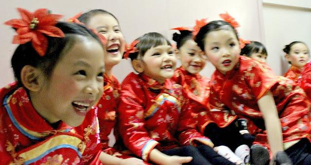 هل تعرف سبب أن عيون الصينين واليابانين صغيرة !! تعرف علي السبب الغريب في ذلك !