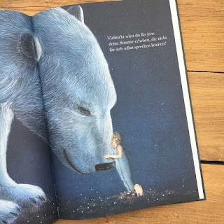 """Bilderbuch """"Vielleicht. Eine Geschichte über die unendlich vielen Begabungen in jedem von uns"""" von Kobi Yamada, Adrian Verlag, Rezension bei Kinderbuchblog Familienbücherei"""