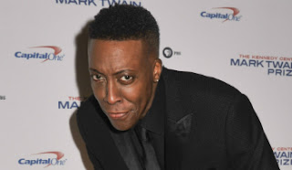 """Arsenio Hall to co-host """"Greatest Hits"""" with Kelsea Ballerini on ABC in June 2016."""