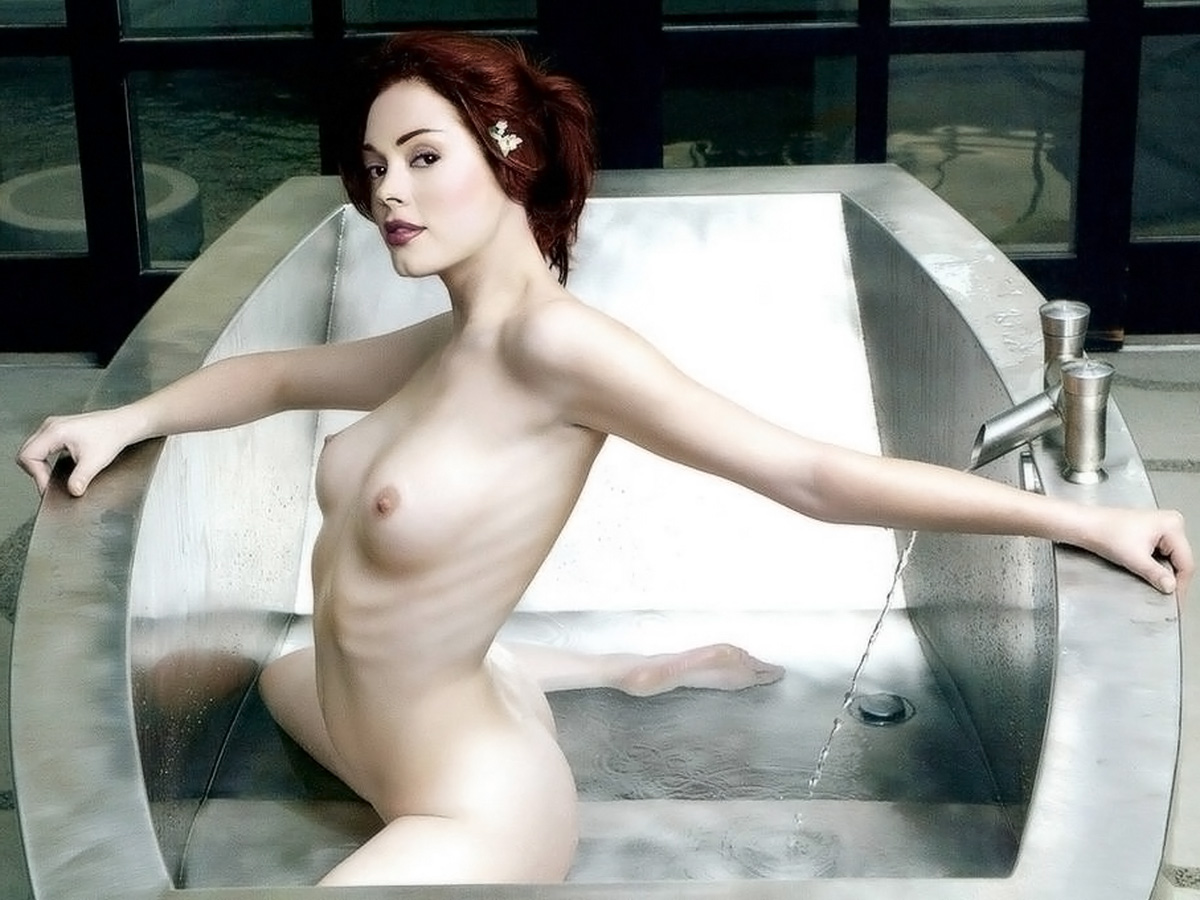 Rose mcgowan nude picture 10