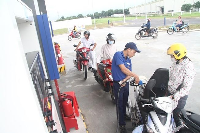 Bộ Công thương lên tiếng vụ tăng giá xăng