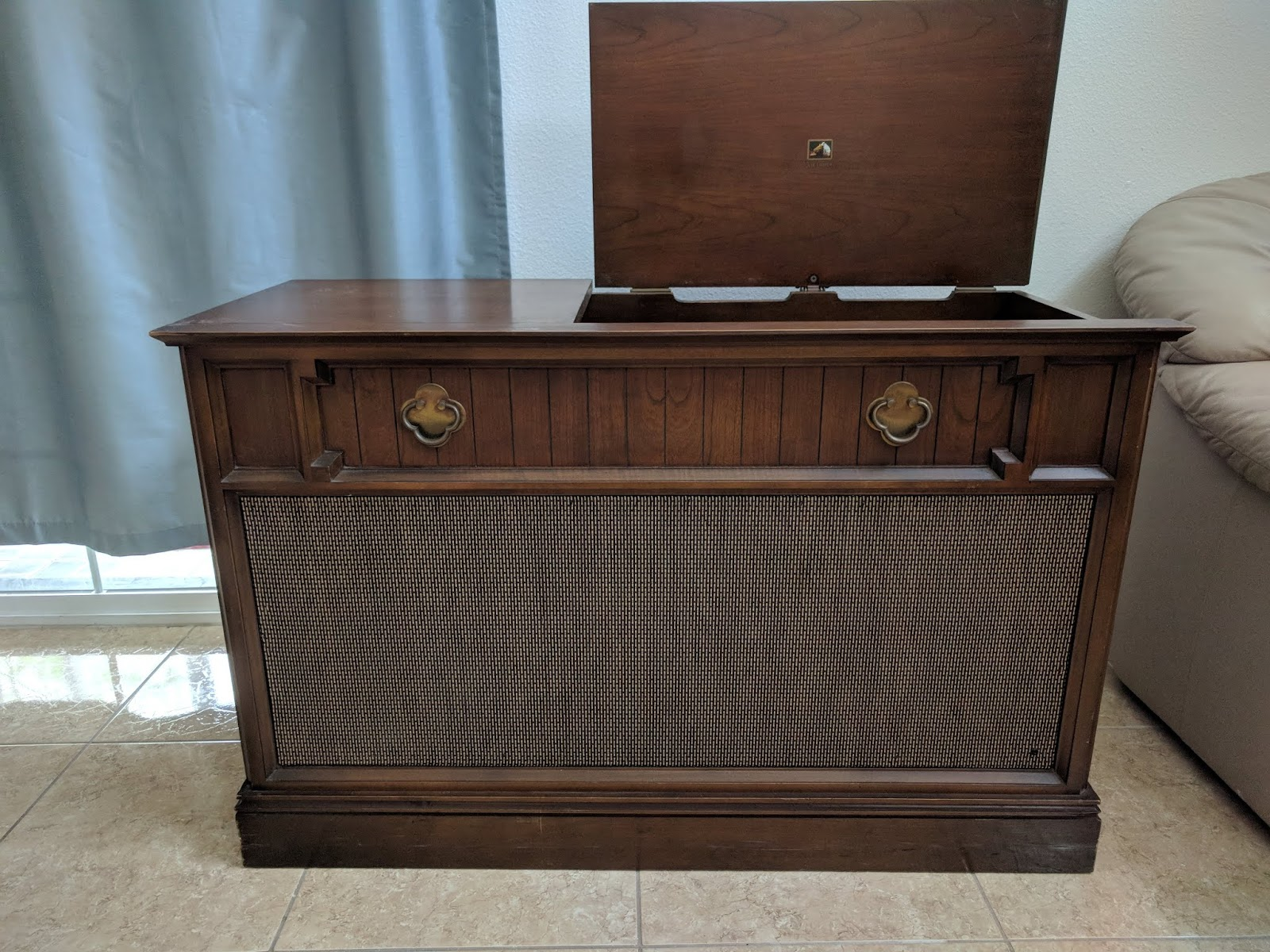 Musings and Hobbies: 1963/4 RCA Victor Stereo Console Model