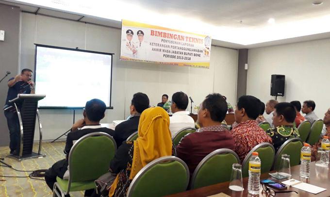 Bimtek, LKPJ Bupati Bone, Andi Fahsar M Padjalangi, Ambo Dalle, Makassar,