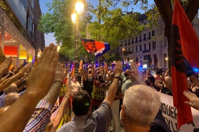"""""""Derramar sangre de los enemigos como ya hicimos en el 36"""" las redes denuncian la concentración de este viernes en Blanquerna (Madrid)"""