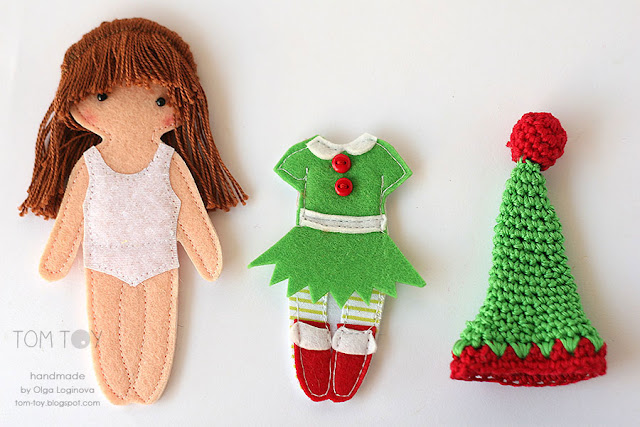 "Christmas play set with felt ""paper"" doll"