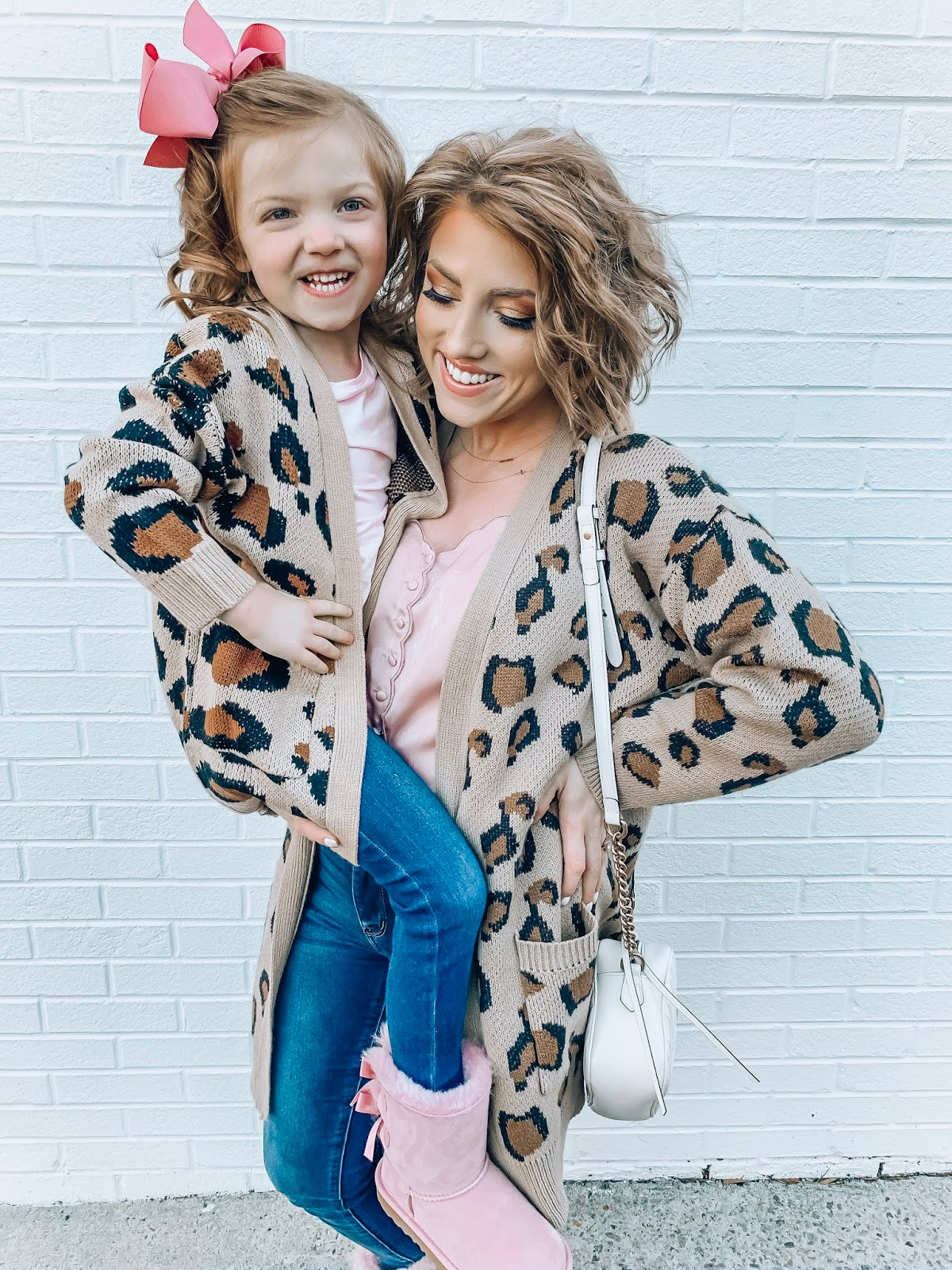 Recent Amazon Finds - Leopard Print Cardigans - Something Delightful Blog #AmazonFashion #RecentFinds #Hearts #ValentinesDay #AffordableFashion