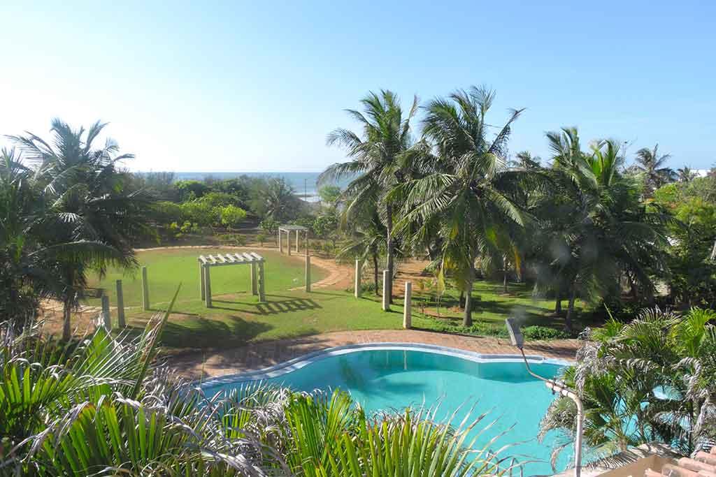 zira garden ecr beach house for hire