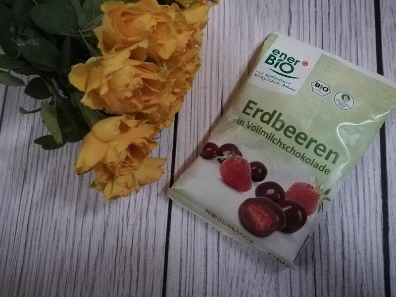 Ener Bio truskawki w mlecznej czekoladzie