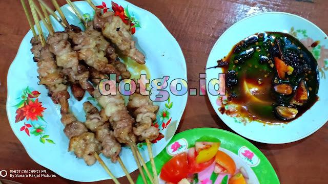 Sari Mendo kuliner sate Tegal populer sop, gulai kambing dan ayam goreng nikmat harga murah terjangkau
