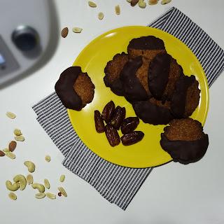 Aquí verás la receta de unas ricas galletas de frutos secos sin azúcar