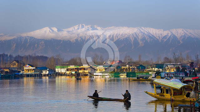 India: Tourists welcome back to Indian Kashmir