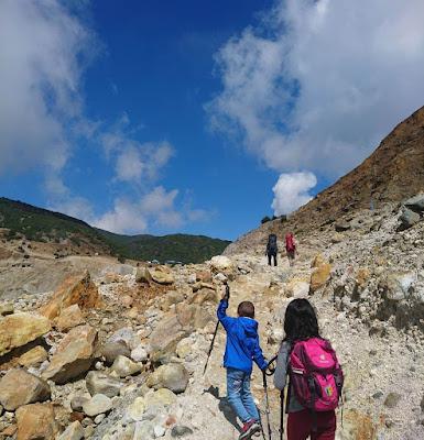 gunung ramah pendaki papandayan
