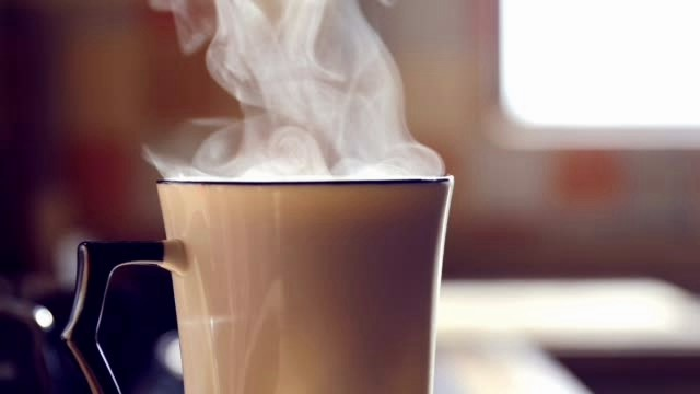 drinking hot tea causes cancer