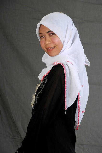 Foto XXX Gadis Jilbab Meki Indah Terawat