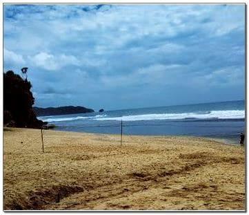 Foto Pemandangan Pantai Jogja